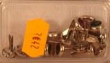 Attaches parisiennes Pierres strass, 8 mm a¸, boite blister 15 pces, vert + rose